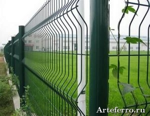 Ограждения для спортивных и игровых площадок производит и реализует компания properimetr.ru