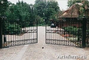 Роскошные ворота и ограждения из ковки Артеферро