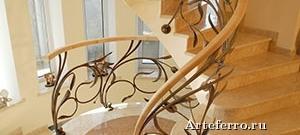 Кованые лестницы в проектах домов